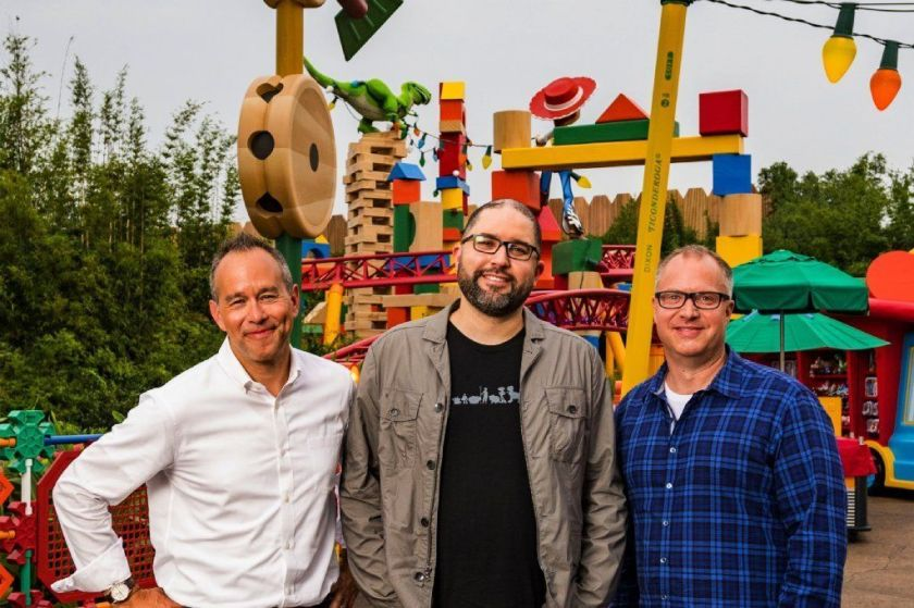 Toy Story 4 latino producer Jonas Rivera stands outside in Disneyland with two other producers